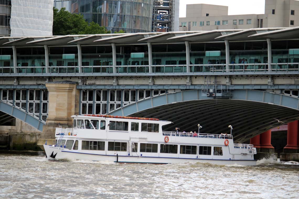 Thames Sunday Evening Cruise Tickets | Viscount Cruises