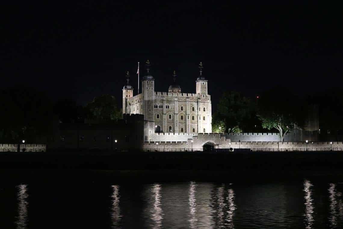 London Christmas Cruises   Viscount Cruises