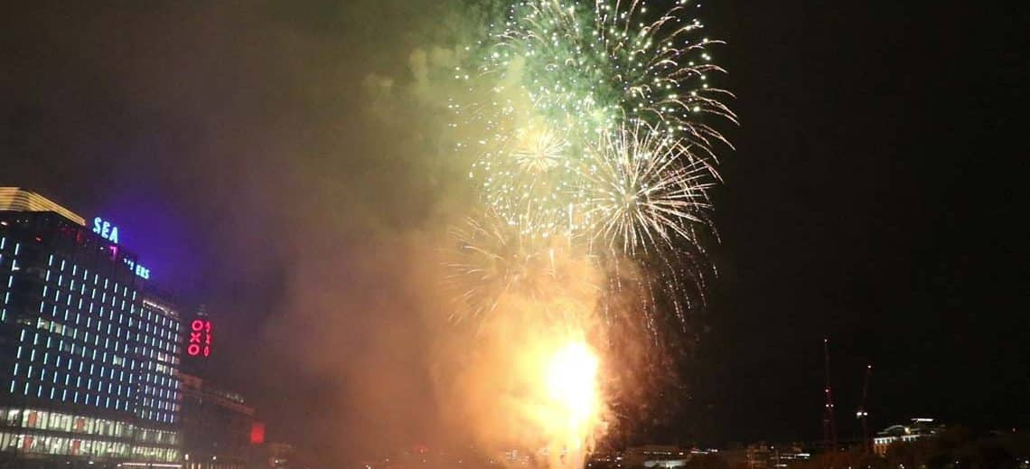 Lord Mayors Fireworks Cruises & Charters | Viscount Cruises